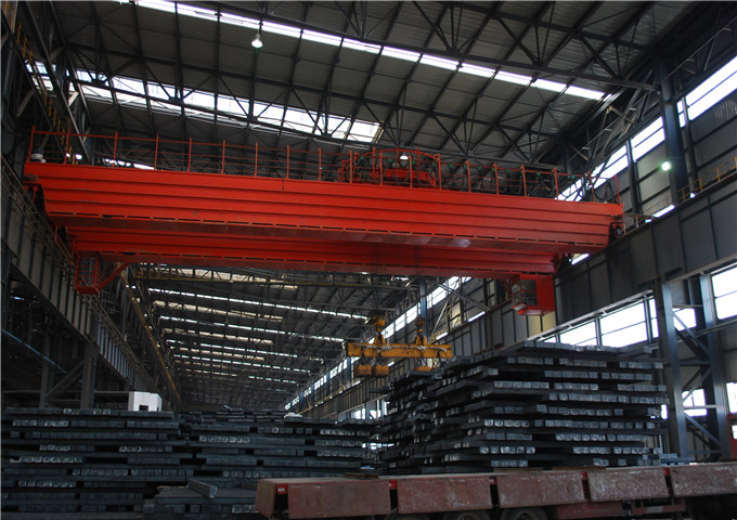 Sale of magnetic overhead crane in China